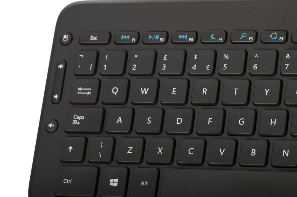 Microsoft All In One Media Keyboard (UK105 / British)
